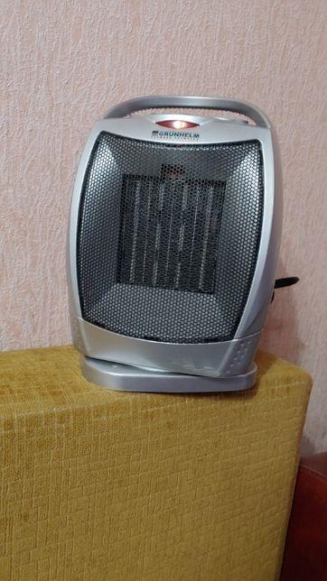 Тепловентилятор Grunhelm PTC-905A-стан нового!!
