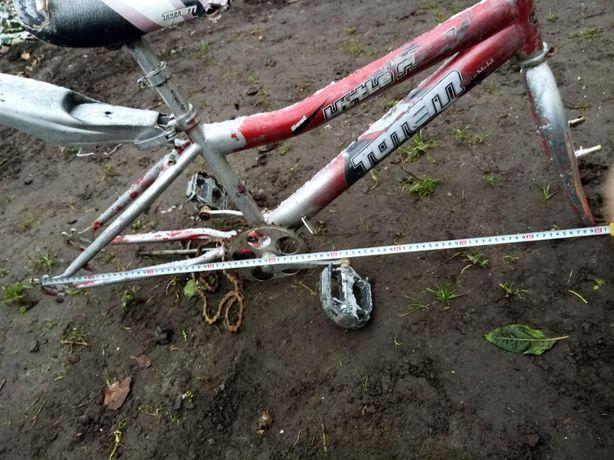 Рама велосипеда, велик.