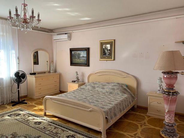 Сдам большой дом в Черноморске(Ильичевске)