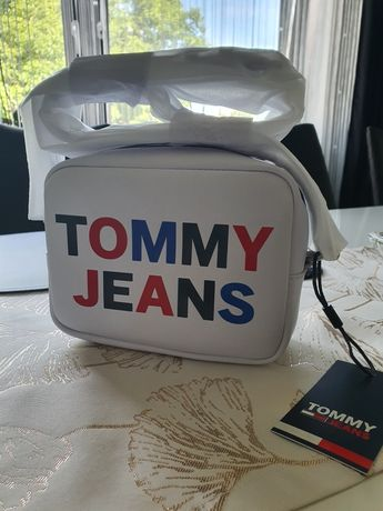 Nowa torebka listonoszka oryginalna na długim pasku Tommy Hilfiger