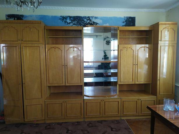 Мебель у вітальню