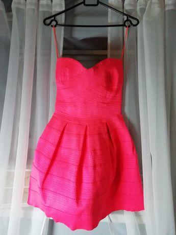 Sukienka różowa neon