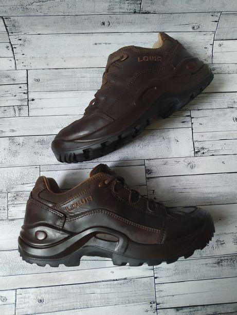 Трекенговые ботинки LOWA 37,5