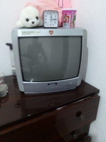 Televisão em bom estado