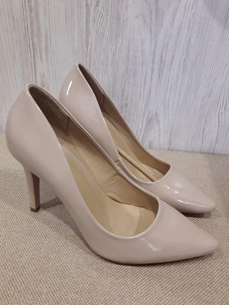 Новые красивенные туфли лодочки