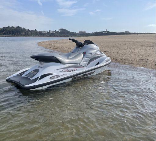 Mota de agua Yamaha GP1200R