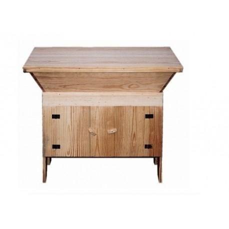 Masseira para pão e móveis rústicos em madeira