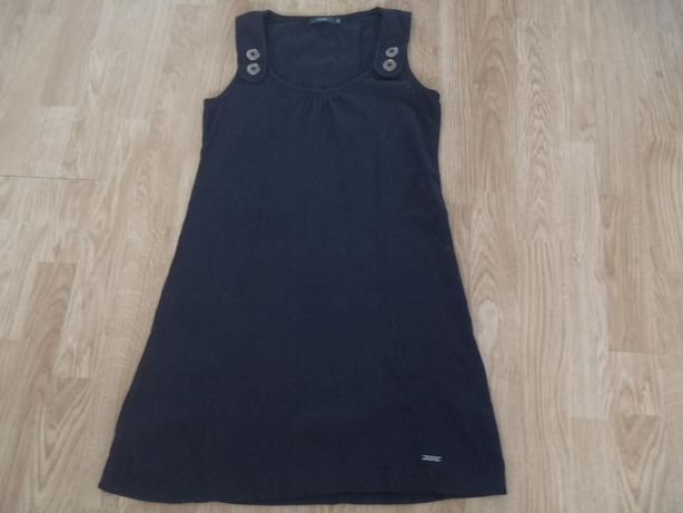 Czarna sukienka princeska r. s 36 wiosna