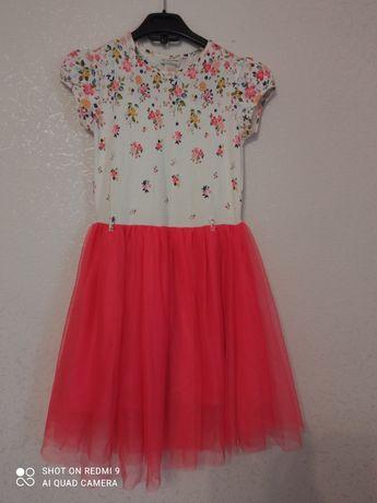 Очень красивое летнее нарядное платье