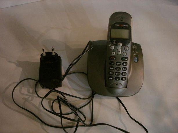 Стационарный радиотелефон - 1шт