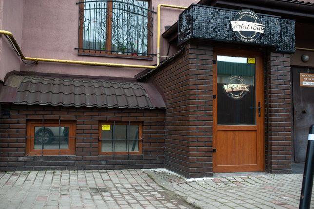 Продаж комерційного приміщення з ремонтом р-н вул. Пулюя