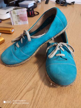 Туфли мокассины на девочку