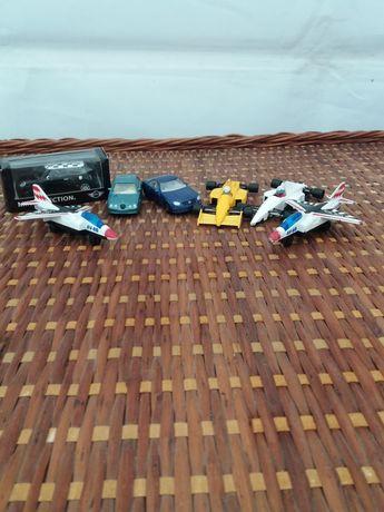 Conjunto carrinhos e aviões em metal (modelismo)