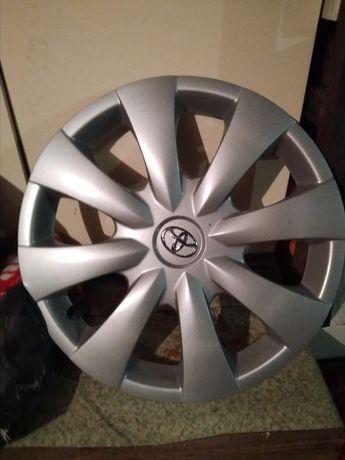 Колпак на авто колесо
