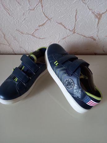 Кросівки дитячі...
