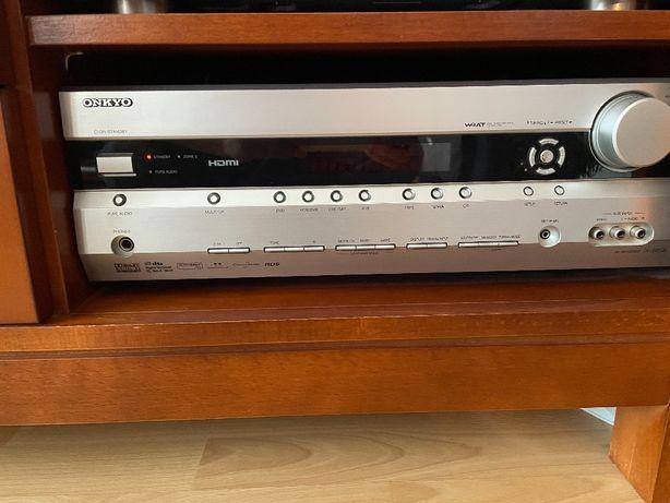 Amplitiuner ONKYO TX-SR506