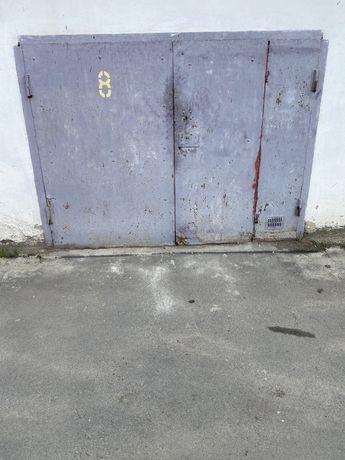 Цегляний гараж по вул палюченк25