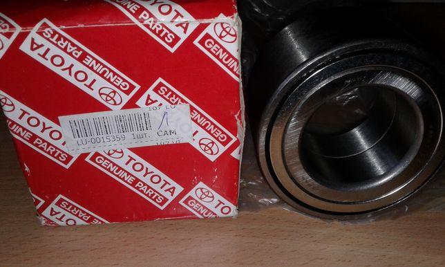 Подшипник передней ступицы на Toyota Camry v40. Оригинал. Цена 40$.