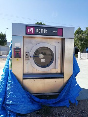 Oportunidade máquina de lavar roupa industrial 120kg