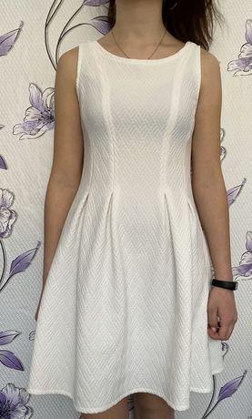 Белое платье на 12-13 лет