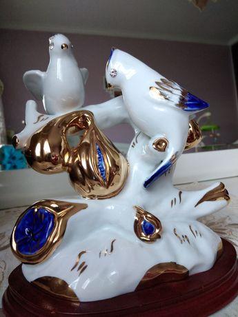 Estatueta porcelana