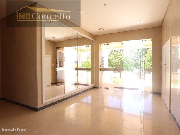 Apartamento T2 novo com garagem a venda em Tomar