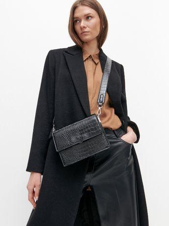 Шикарная сумочка сумка плотная каркасная Reserved