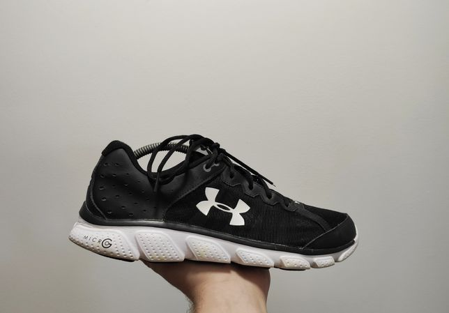 Фирменные кроссовки Under Armour Assert 6 Micro G