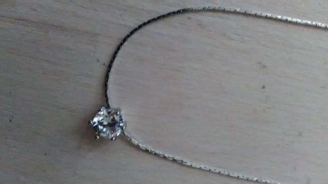 Naszyjnik z cyrkonią posrebrzany biżuteria cyrkonia