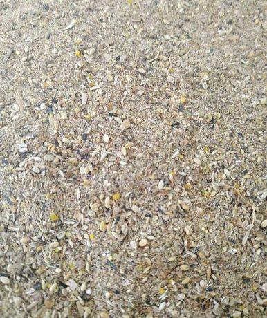 Зерновой отход для Свинок Горох Пшеница