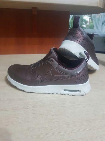 Buty sportowe Nike rozmiar 36 dl wkładki wew 22,5 cm