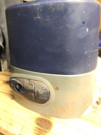 Nice Rokit RO3004 (do bramy przesuwnej max. 500kg)