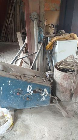 Grueta (guincho) para construção