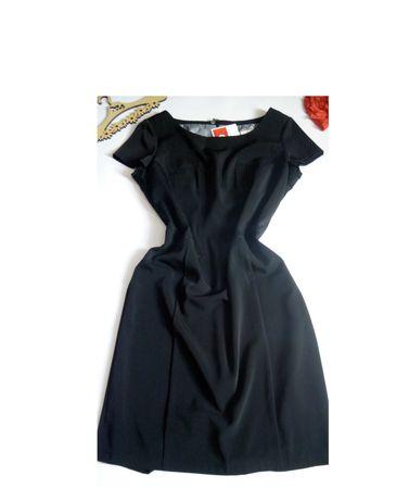 Платье 50 52 размер новое черное футляр весеннее миди
