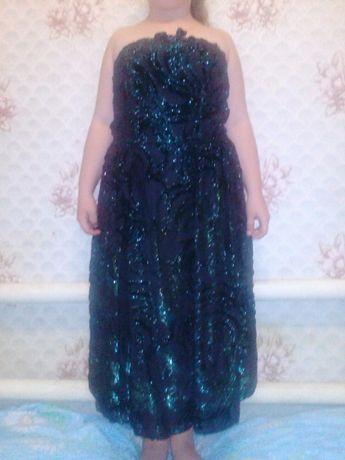 платье на девочку 700 р.