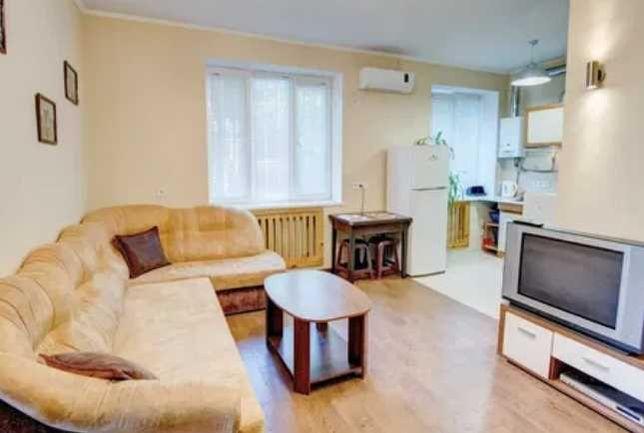 Л-6 В продаже кухня-студия и уютная спальня.
