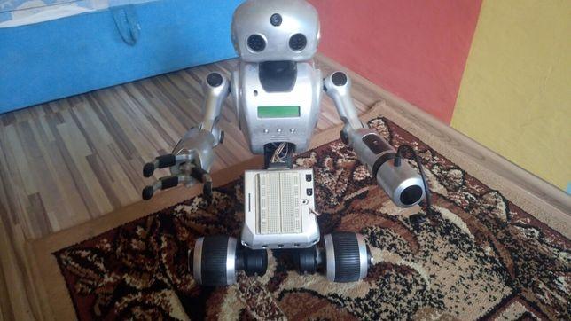 Robót i- droid 01