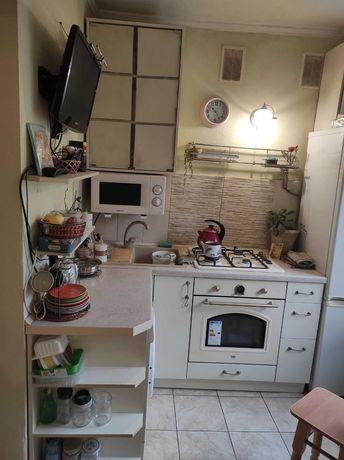Продам 1 комнатную квартиру ул. Филатова 55, Дом мебели