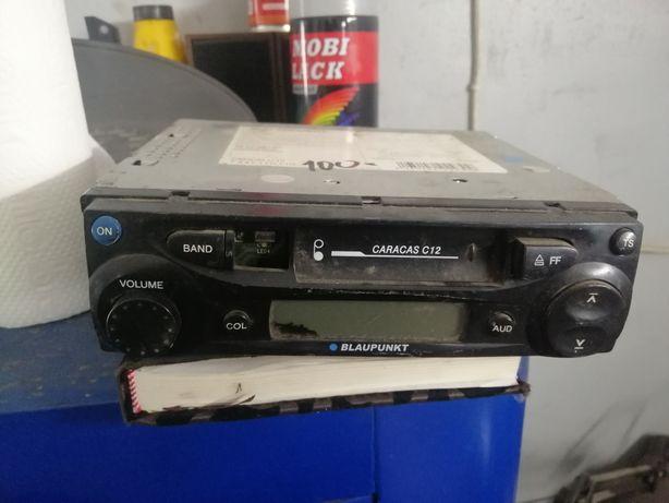 Магнитола кассетная в гараж