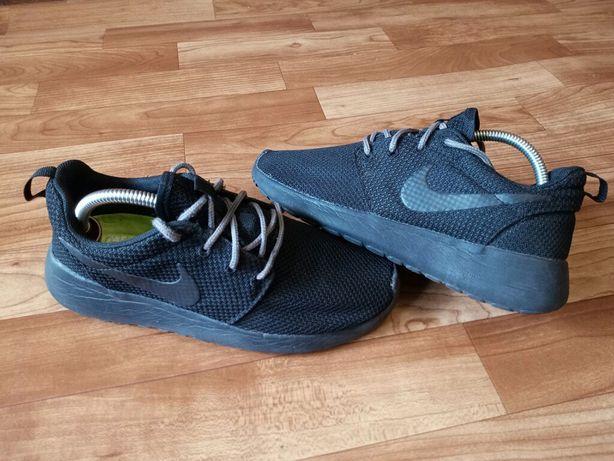 Кросівки / кроссовки Nike Roshe One ( 39 р / 25 см / чудовий стан )