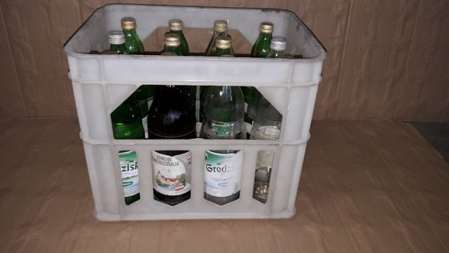 Butelka 1 litr szkło szklana po wodzie grodziskiej woda skrzynka 40skr