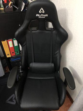 Vendo Cadeira Gaming Alpha Gamer