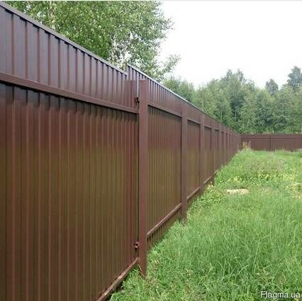 Установка заборов из профнастила с изготовлением ворот.