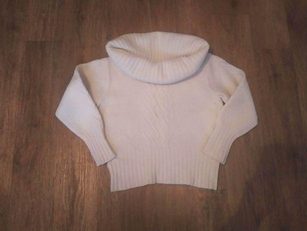 Женский свитер р. 48