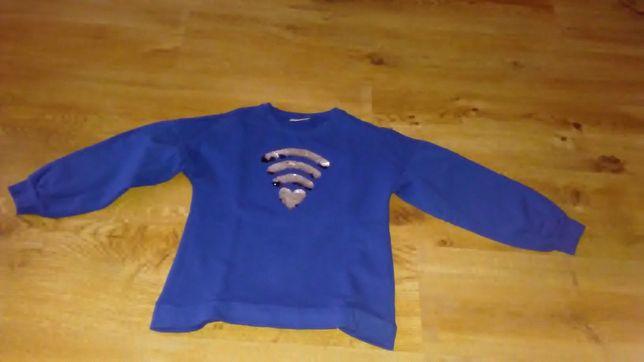 Sprzedam bluze dla dziewczynki rozmiar 134.
