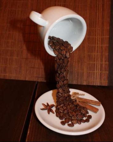 Парящая чашка кофе сувенир