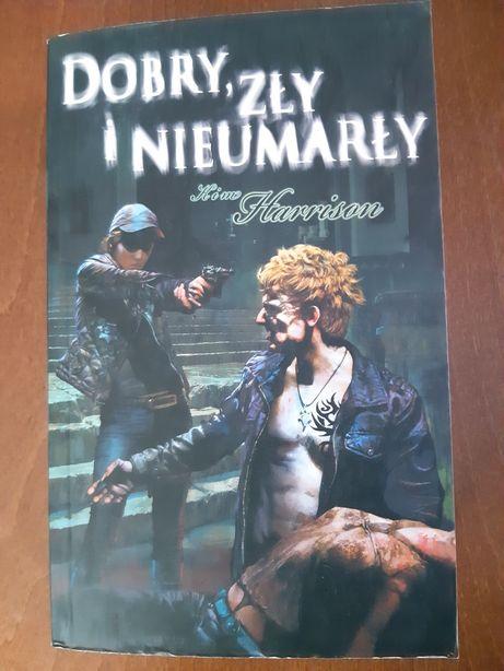 Mix książek z kategorii Fantasy w cenie 5 zł za sztukę.