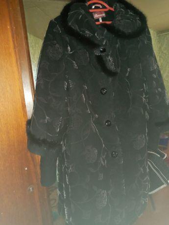 Шикарное пальто зима.