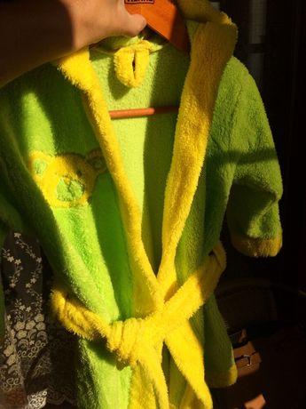 Дитячий халат з вушками на капішоні