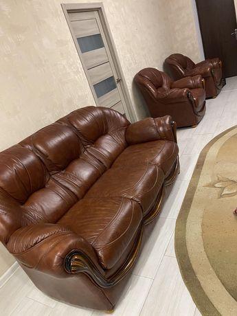 Кожаная мебель (италия) отличное состояние
